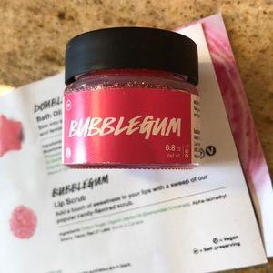 LUSH Cosmetics Bubble gum lip scrub 0.8oz